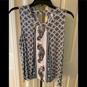 Keyhole boho flowy top. Great colors for fall!